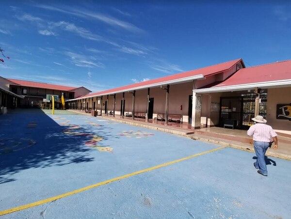 Estado de la Escuela Ascensión Esquivel Ibarra, en Liberia. MEP para LN.