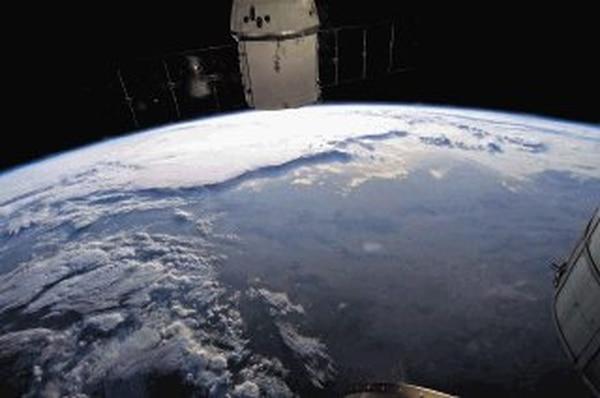 Desde la Estación Espacial Internacional los astronautas pueden ver la belleza de la Tierra, pero también sus daños. | NASA