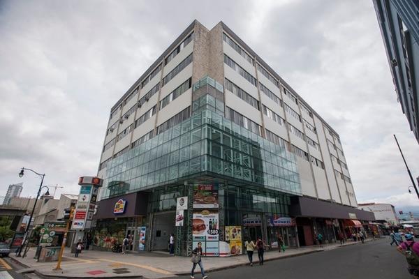 Las oficinas centrales del MEP se encuentran ubicadas en el edificio Rofas, frente al Hospital San Juan de Dios, en San José. | FABIÁN HERNÁNDEZ.