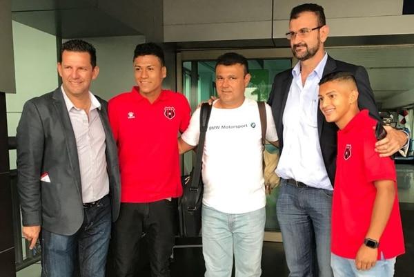 Jean Carlo Castro y Elian Morales harán una pasantía de un mes en Rosario Central. Fotografía: Leonardo Medina / Alajuelense
