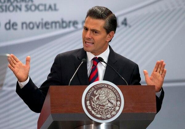 El presidente de México, Enrique Peña Nieto, hizo pública este miércoles su declaración patrimonial, que incluye ingresos, propiedades e inversione.