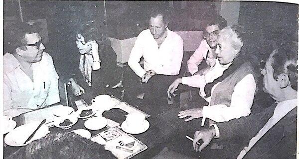 En sus dos visitas públicas, Gabriel García Márquez tuvo una ajetreada agenda. En 1979, incluso participó en un desayuno con figuras del medio cultural.