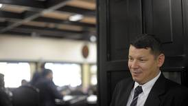 Fiscalía pide juicio para Óscar López y exdiputada del PASE acusados por estafa