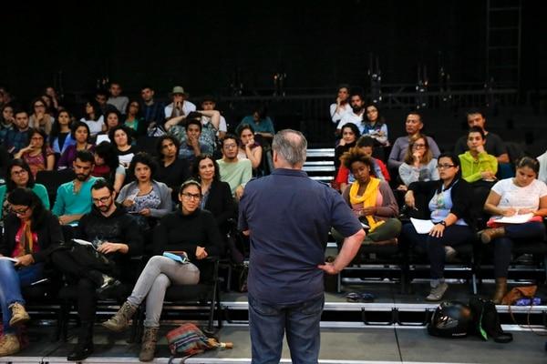 Mauricio Kartun presentó su obra 'Terrenal. Pequeño misterio ácrata' e impartió el Seminario de Dramaturgia de Emergencia.