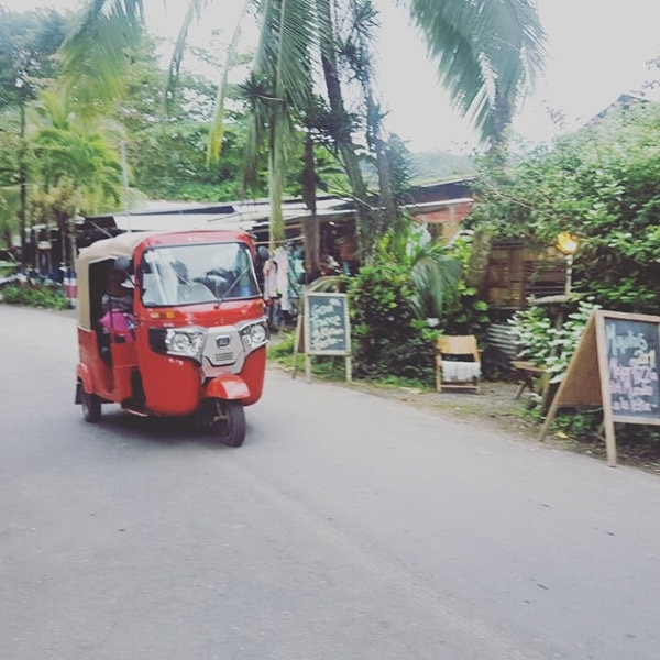Estos carritos se están volviendo populares en la zona, como una manera económica de transportarse.