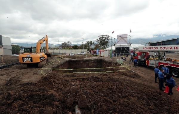 Un enorme tanque va a permitir guardar agua de lluvia que sirva para usos múltiples, entre ellos extinguir incendios. Foto: Alonso Tenorio.