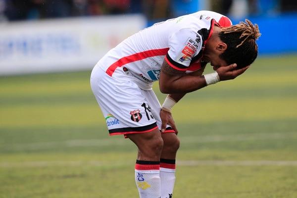 Jonathan McDonald jugó con Alajuelense hasta el Clausura 2019. Foto: Rafael Pacheco