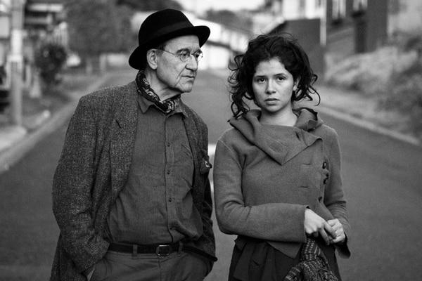 Primero. El estreno costarricense de Una artista del sueño fue en marzo, en la Sala Enrique Acuña. Teatro Menor para La Nación.