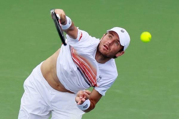 Ganar un juego de tenis sin recordar cómo: Netflix reseña la vida de un atleta élite con ataques de ansiedad