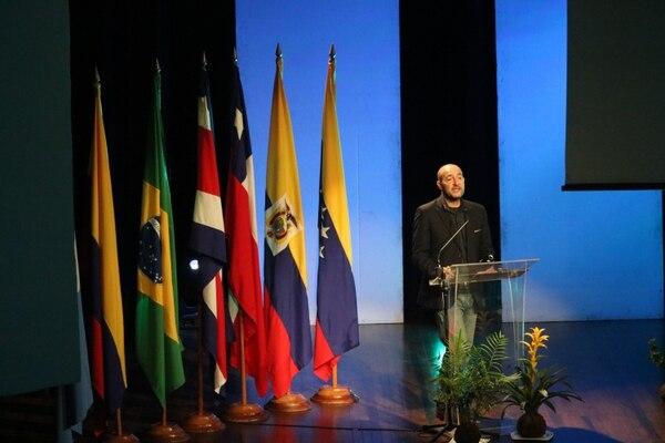 Alfredo Maúl, arquitecto experto en temas de sostenibilidad, participó en la XIII Edición de la Bienal Internacional de Arquitectura 2016.