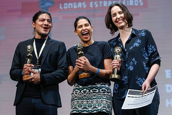 Leynar Gómez, Daniela Valenciano y Antonella Sudasassi fueron premiados en el Festival de Cine de Brasil. Foto: FB
