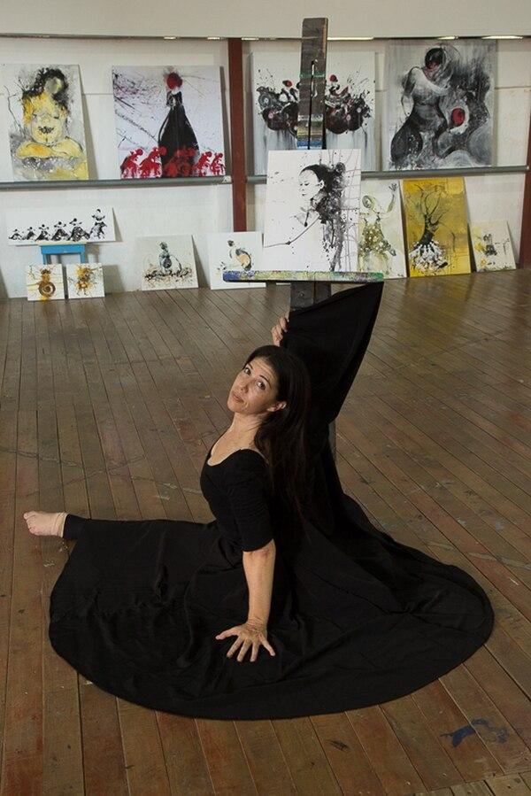 Multifacética. Alvarado fue una de las primas ballerinas de Cristina Gigirey en Danza Abend. Luego se introdujo en el mundo de la pintura. José Pastor