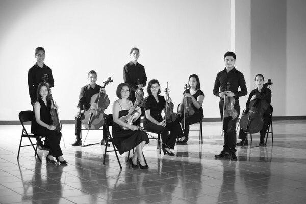 La Camerata San Carlos y dos pianistas solitas latinoamericanos, Carlos Varela (Venezuela) y Leonardo Gell (Cuba), tocarán este 5 de diciembre