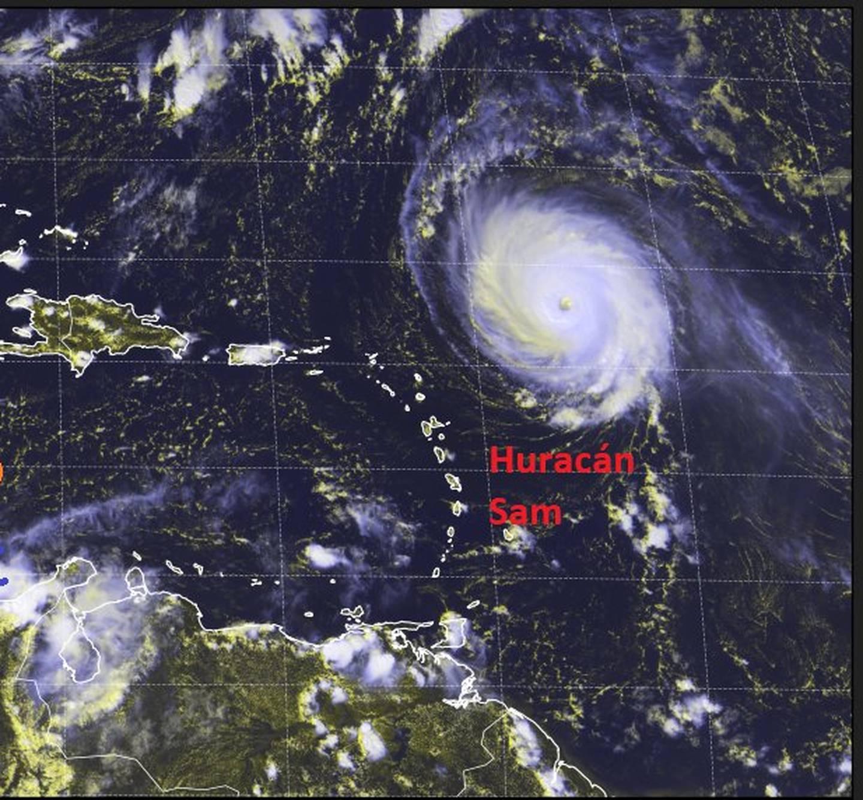 El 28 de setiembre el huracán Sam alcanzó vientos superiores a los 240 kilómetros por hora.  Con categoría 4 es el más fuerte de los que se han formado hasta el momento. Ilustración: IMN