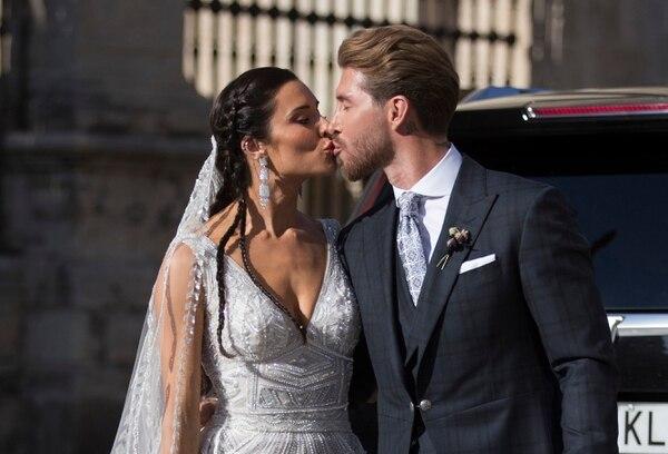 Pilar Rubio y Sergio Ramos se casaron el sábado en Sevilla. (AP Photo/Antonio Pizarro)