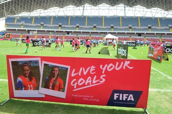 Antes del Mundial Sub-17, FIFA hizo ocho festivales Live Your Goals . El último fue el 8 de marzo con más de 500 niñas en el Estadio Nacional.   MANUEL VEGA