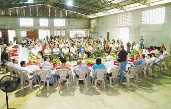 150 vecinos hicieron pedido a director de Conavi. | EDGAR CHINCHILLA