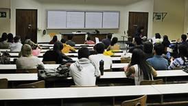 Alumnos de 22 universidades privadas deberán pagar más por matrícula y materias ¿Está usted en una de ellas?