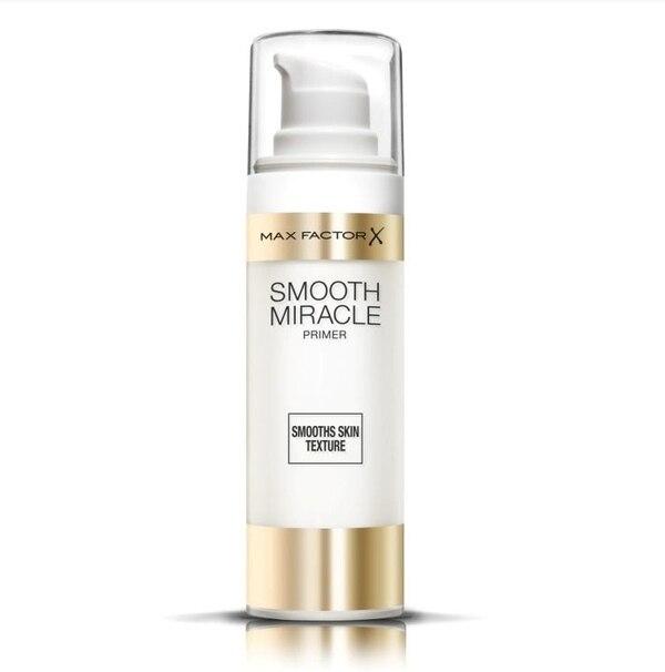 Smooth Miracle Primer le da a la piel un aspecto más joven y saludable.