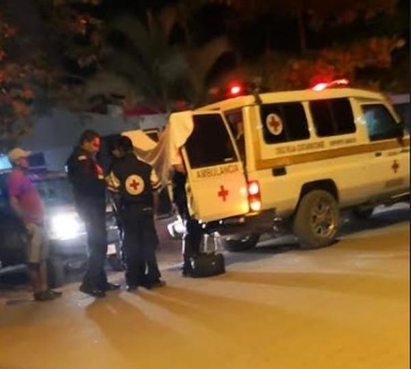 Socorristas de la sede de la Cruz Roja de Nosara atendieron a la niña, quien ya no presentaba signos al momento de su arribo. Foto Cortesía