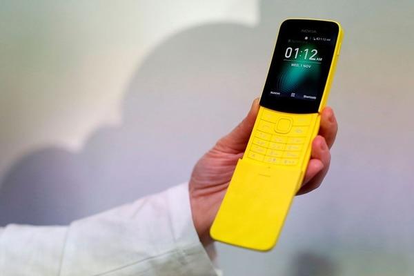 Un clásico de Nokia resucitó este año en el CMM, se trata del 8110. Foto: AFP