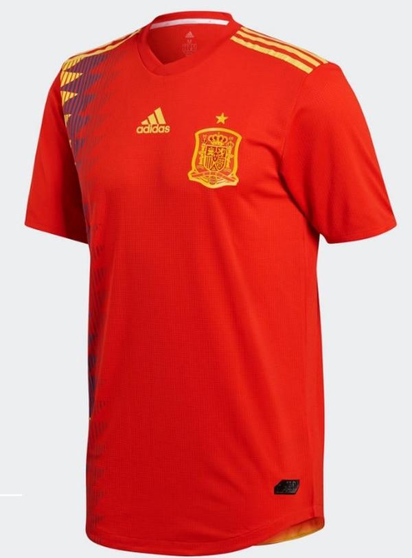 Los españoles vestirán con un uniforme que hace alusión al que utilizaron  durante el Mundial de 2f565216593b4