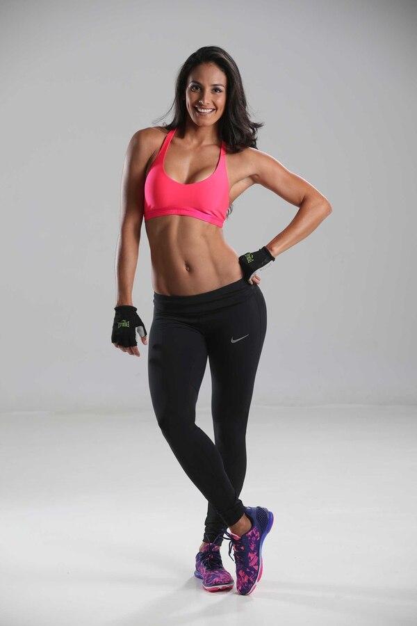 Johanna Solano es triatlonista, presentadora de televisión y exreina de belleza.