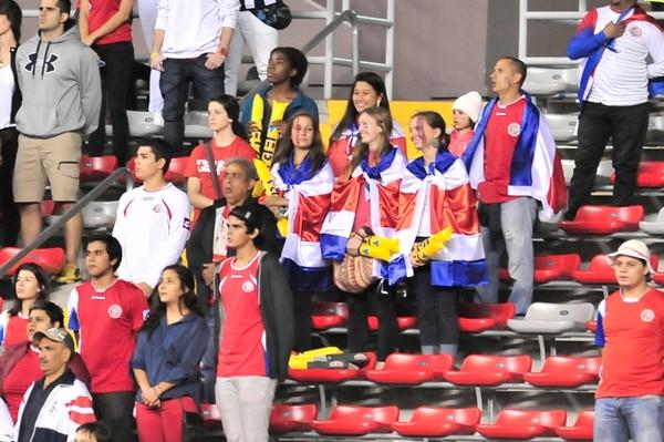 La poca afluencia de aficionados el miércoles en el Estadio Nacional no le permitió a la Fedefútbol salir con los costos del encuentro. | ALEXANDER OTÁROLA