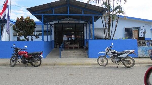La doctora Evelyn Gutiérrez laboraba desde hacía dos años y seis meses en la clínica de Puerto Jiménez, Golfito, donde, según compañeros, destacó por su atención y buen trato. | ALFONSO QUESADA