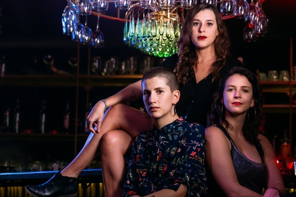 Tres expertas en diferentes temas son las protagonistas de la actividad Noche de copas. Foto: Cortesía