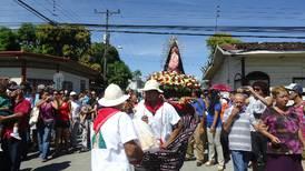 Nicoyanos celebraron a su 'Lupe' con danza de La Yegüita