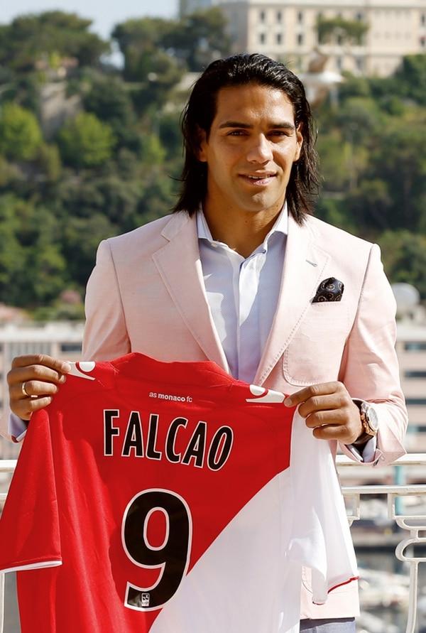Radamel Falcao es uno de los jugadores que participan en el anuncio.   AFP/Archivo