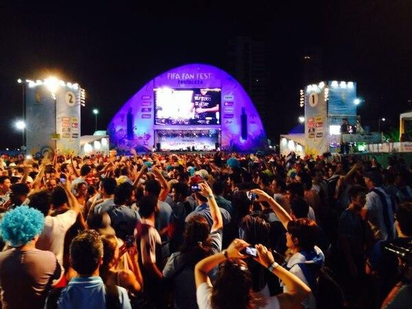 Fan Fest en Fortaleza, ciudad brasileña que albergará el debut de Costa Rica en la Copa del Mundo.