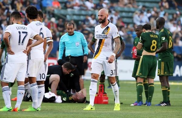 David Guzmán salió lesionado en el triunfo del Portland. | AP