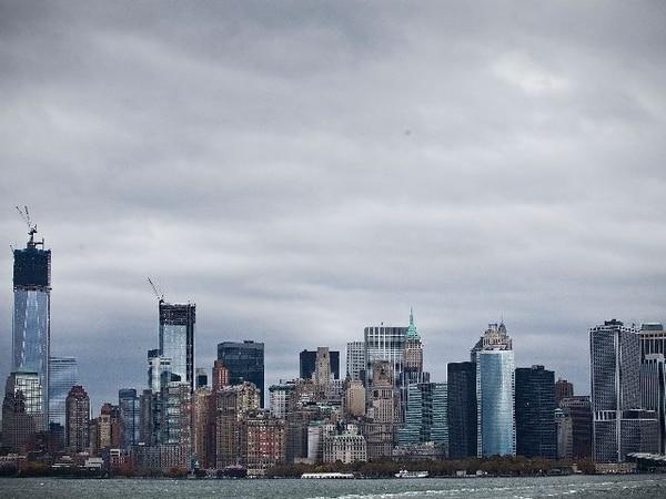 Vista de Manhattan previo a la llegada de Sandy. | AFP.