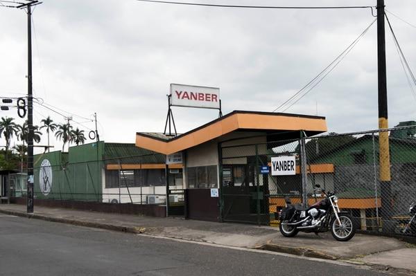 Los allanamientos tienen que ver con el presunto delito de quiebra fraudulenta de la empresa Yanber, la cual se dedicaba a la elaboración de plástico. Foto: Alejandro Gamboa Madrigal