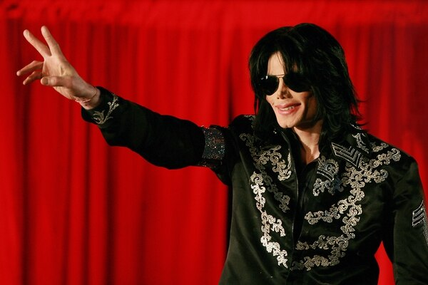 (FILES) In this file photo taken on March 05, 2009 US popstar Michael Jackson addresses a press conference at the O2 arena in London. - Louis Vuitton said on March 14, 2019 they were pulling Michael Jackson-themed clothes from a new collection in the wake of the