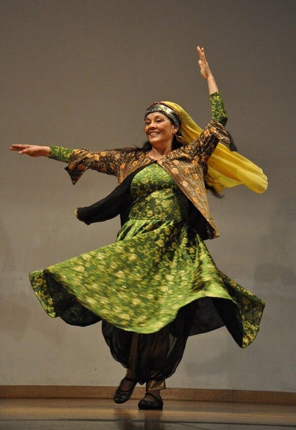Histórica. Campos presentó en Suiza una danza clásica persa Odiney Campos para LN.