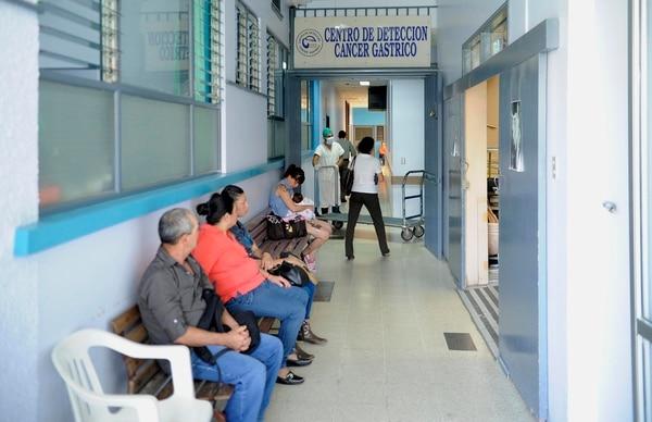 El Hospital Max Peralta transmitirá su conocimiento en detección de cáncer gástrico al hospital de Puntarenas.