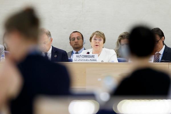 La Alta Comisionada de los derechos humanos en la ONU, Michelle Bachelet, da su discurso durante la 39ª sesión regular del Consejo de Derechos Humanos en Ginebra.