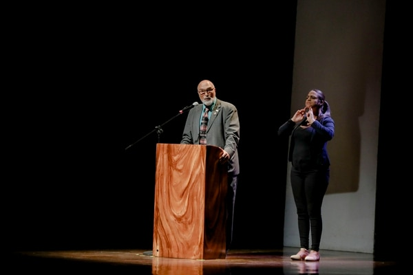 Alberto Salom, rector de la UNA, durante la presentación del ideario costarricense. Foto: Roberto Carlos Sánchez para LN