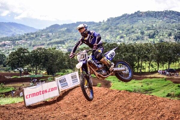 Fabricio Chacón se proclamó bicampeón de la categoría MX2 del 'motocross' nacional. Cortesía Diego Bolaños