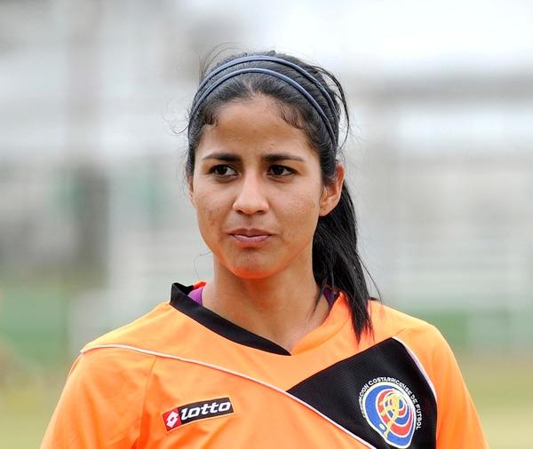 Shirley Cruz juega en el fútbol de Francia desde el 2006. | ARCHIVO