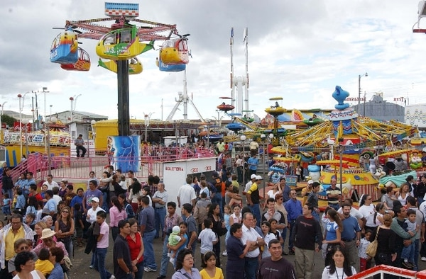 Los festejos de Zapote darán inicio este 25 de diciembre, un día después, será el tope en San José. | ARCHIVO.