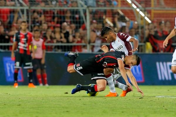 El último empate de 3-3 entre Alajuelense y Saprissa dejó un sabor a derrota entre los manudos. Fotografía: Mayela López
