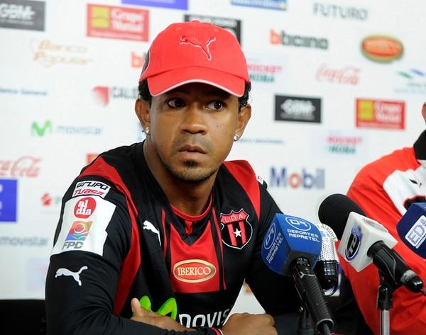 Yvanilton Raimundo fue presentado el pasado 2 de enero como nuevo mediocampista del equipo rojinegro.   GRACIELA SOLÍS