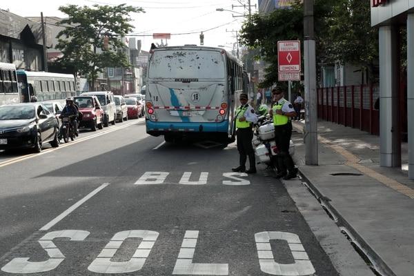 Al igual que en las vías existentes, los nuevos carriles exclusivos se aplicarán únicamente de lunes a viernes y durante las horas pico. Foto: Alonso Tenorio