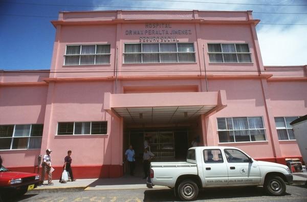 Tras el atropello en Dota un hombre falleció en el lugar y el otro fue trasladado al Hospital Max Peralta, donde se recupera.