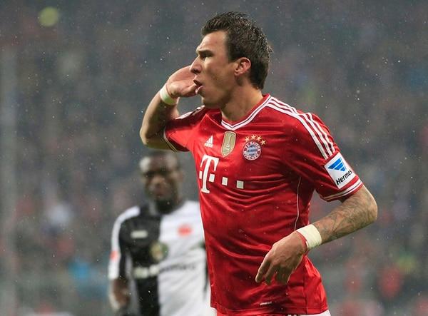 El croata Mario Mandzukic fue el encargado de cerrar las cuentas en la goleada de 5-0 con el que el Bayern Múnich derrotó al Fráncfort. | AP