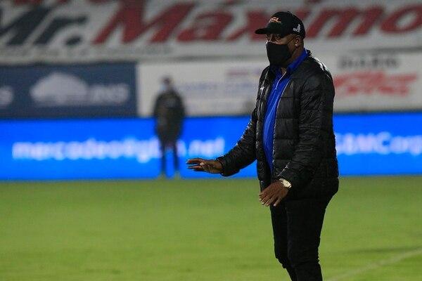 El técnico Hernán Medford está a las puertas de iniciar su cuarto torneo al frente de Cartaginés. En el Clausura 2021 los brumosos apuntan a algo más que clasificar. Fotografía: Rafael Pacheco.